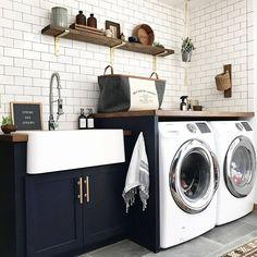7 Small Laundry Room Design Ideas - Des Home Design Laundry Room Remodel, Laundry Room Cabinets, Laundry Room Organization, Laundry Room Design, Laundry Rooms, Navy Cabinets, Laundry Decor, Basement Laundry, Laundry Closet
