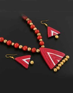 Explore online designer handmade jewellery at Anuradha Art Jewellery. We offer exclusive collection in terracotta jewellery set at an affordable cost. Terracotta Jewellery Online, Terracotta Jewellery Designs, Terracota Jewellery, Funky Jewelry, Jewelry Art, Jewelry Design, Jewlery, Polymer Clay Pendant, Polymer Clay Jewelry