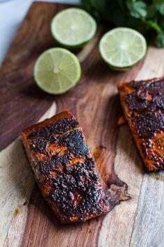 Chile Lime Salmon Fajita Salad with Cilantro Lime Vinaigrette | halfbakedharvest.com