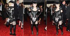 Aos 56 anos, Madonna  no Grammy