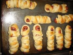 halloween parties, blanket, halloween party foods, crescent rolls, halloween foods, food art, hot dogs, kid, baby showers