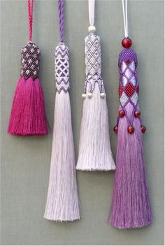 Clare Matthews creates hand woven rugs and tapestries for walls and floors and Passementerie, hand beaded tassels to decorate and accessorize. Diy Tassel, Tassel Jewelry, Diy Jewelry, Beaded Jewelry, Handmade Jewelry, Jewelry Design, Jewelry Making, Jewellery, Tassel Necklace