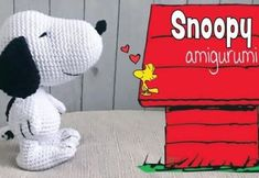 Today we are going to learn a very beautiful crochet technique that will guarantee your success in making these lovely baby snoopy amigurumi. There's nothing cuter than a baby snoopy dog, especially while you carry in the palm of your hand. Baby Snoopy, Crochet Yarn, Crochet Toys, Snoopy Amigurumi, Amigurumi Patterns, Crochet Patterns, Yarn Animals, Snoopy Images, Concrete Crafts