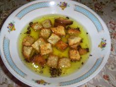 Retete cu margareta cismasiu: Supa de chimen Kung Pao Chicken, Food And Drink, Meat, Romania, Ethnic Recipes, Country, Beautiful, Rural Area, Country Music