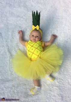 Baby Pineapple Costume - Halloween Costume Contest via Cute Baby Halloween Costumes, Halloween Costume Contest, Cute Halloween Costumes, Halloween Photos, Baby Girl Costumes, Costume Ideas, Scary Costumes, Halloween Night, Funny Halloween