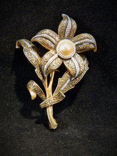 Vintage Damascene Spain Flower Pin Brooch Gold Tone & Black