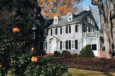 Peek Inside This Iconic Franklin Street Home | Chapel Hill Magazine