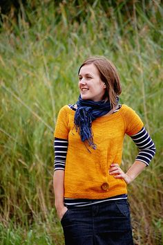 This little top is easily knitted in one piece from top down. The simple shape with a little modern twist lets the yarn and one big button shine!