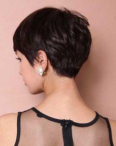 Back view of a Pixie Haircut. Rückseitige Ansicht eines Pixie-Haarsch… Back View of a Pixie Haircut – The Best Hairstyles Undercut Pixie Haircut, Short Pixie Haircuts, Hairstyles Haircuts, Cool Hairstyles, Hairstyle Ideas, Medium Hairstyles, Pixie Haircut For Thick Hair, Latest Hairstyles, Wavy Hair