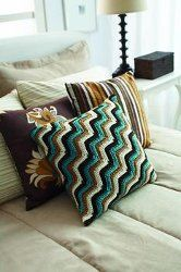 Free Crochet Zig Zag Pillow Pattern.