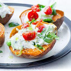 pieczone bataty / ziemniaki z tzatziki