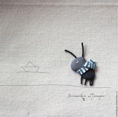 Броши ручной работы. Ярмарка Мастеров - ручная работа. Купить Муравьишка мечтающий о море. Брошь. Handmade. Серый, муравей