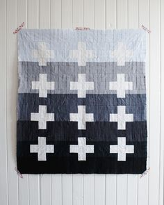 apotospitimou:    (via bonjour!: Baby Quilt Top: Finished!)