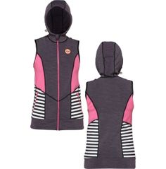 You'll look cute after you hit the waves in this Women's wetsuit vest by Roxy®. The color block panels help streamline this slim fit look and the UPF 50+ protects your vest from fading. You'll love the ponytail slit on the back of the hood so your hair stays in place while you adjust the hood to fit securely. Whether you're riding or diving, this Roxy® Close Out Vest covers you perfectly.