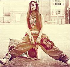 NVOGUE - Style Crush: Aaliyah's Tomboy Style...