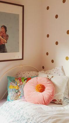 gold dots, toddler girl room