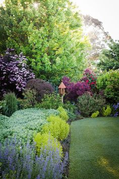 Before you roll up your sleeves this weekend, take some inspiration from 20 of the most beautiful gardens from Australian House & Garden magazine.