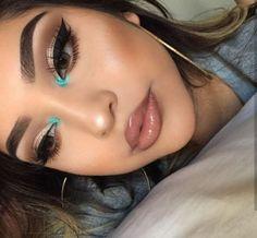 Gorgeous Makeup: Tips and Tricks With Eye Makeup and Eyeshadow – Makeup Design Ideas Makeup Eye Looks, Cute Makeup, Glam Makeup, Gorgeous Makeup, Pretty Makeup, Makeup Inspo, Skin Makeup, Eyeshadow Makeup, Makeup Inspiration