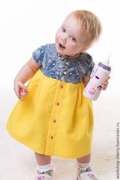 Платье для девочки желтое нарядное