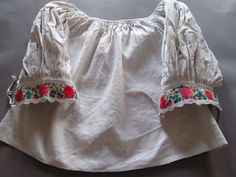Hand Embroidered Hungarian Kalocsa Linen Blouse Top S Woman Vintage Peasant Boho #Handembroidered #Blouse #Casual