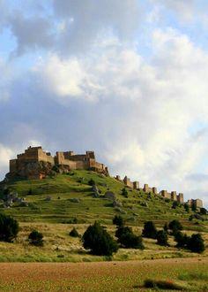 Castillo de Gormaz #Soria. Fotografía de @Luciagars