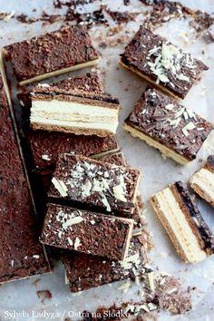 Milky Way Rezepte Nature - Bernette Selwyn Milky Way Dessert, Milky Way Cake, Sweet Desserts, Delicious Desserts, Cookie Recipes, Dessert Recipes, Mini Pastries, Kolaci I Torte, Milk Cake