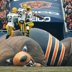 Green Bay Packers on the inflatable Bear