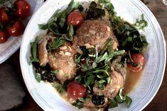 Hvitløkbrød Pan Fried Chicken, Wine Sauce, Pot Roast, White Wine, Fries, Pork, Beef, Ethnic Recipes, Spinach
