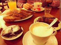 Tea time. Central Cook, una de las mejores opciones para merendar en la zona de Belgrano, Capital Federal. Excelentes tortas.
