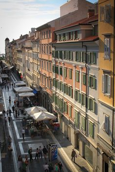 Via San Nicolò Trieste Italy. I would drive two hours from Ljubljana in Slovenia to go shopping here just in time for most of the shops to close for 3 hours over lunch. Places Around The World, Travel Around The World, Around The Worlds, Trieste, Places In Italy, Places To Visit, All About Italy, Best Of Italy, Regions Of Italy