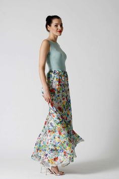 c2664becb620 9 najlepších obrázkov z nástenky Popolnočné šaty