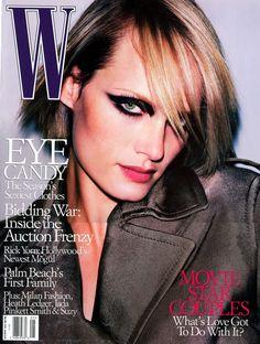 W Magazine's Supermodel Cover Girls - Amber Valetta on the cover of W Magazine May 2001 V Magazine, Fashion Magazine Cover, Fashion Cover, Magazine Covers, Marie Claire, Cosmopolitan, Vanity Fair, Nylons, Divas