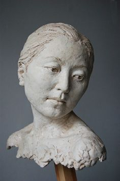 Figurative Sculpture Artists | Artist name: Suzie Zamit