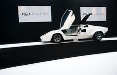 B&W. - Lamborghini Countach LP400S (1980) | Flickr - Photo Sharing!