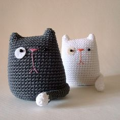 crocheted cats #crochet      ♪ ♪ ... #inspiration_crochet #diy GB