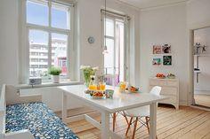Conhece decoração Escandinava? Vejam com blog Camarina Studio - Design de Interiores -> http://www.blogsdecor.com/camarinastudio/inspiracao-escandinava-para-interiores/ #decoracao #decoracion #decor #cozinha #saladejantar