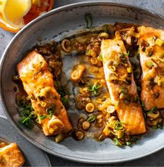 easy weeknight meals, salmon recipes, baked salmon recipes, easy dinner, fast dinner, quick dinner, fish recipes, fall recipes, healthy dinner ideas, 5 ingredient recipes, 5 ingredient dinner ideas, 5 ingredient meaIs Baked Salmon Recipes, Fish Recipes, Seafood Recipes, Fish Dinner, Seafood Dinner, Tasty Vegetarian Recipes, Healthy Recipes, Healthy Meals, 5 Ingredient Dinners