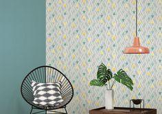 Geometrická tapeta z katalógu New Look Wall Design, Book Design, Vintage Design, Bauhaus, Triangles, New Look, Ceiling Lights, Living Room, Yellow