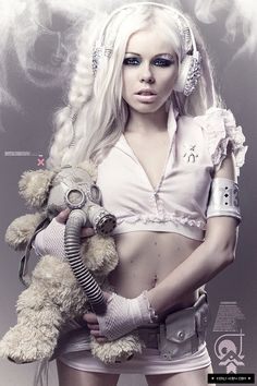 Kerli with her fashion style known as Bubble Goth