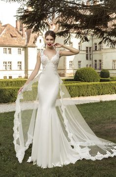 European-made wedding dress Sevilia in Charmé Gaby Bridal Gown boutique Clearwater FL 727-300-2044 $1100,00