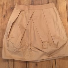 J.Crew puffy Skirt Gentle use. Silky fabric. Zipper back. Hits mid thigh. J. Crew Skirts Mini