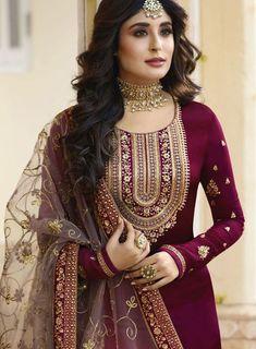 Latest Punjabi Suits Design, Latest Suit Design, Dress Indian Style, Indian Dresses, Indian Outfits, Indian Wear Rajasthani Dress, Rajputi Dress, Jaipur, Color Combinations, Sari, Suits, Model, Dress Ideas, Dresses #suitdesign #colourcombination #punjabisuits #punjabisuit #contrastcolour #colorcombination Colours Combination Ideas Suits Kurti Dress New Colour Combination For Punjabi Suits Fashion Trends contrast colour combination for lehenga,peach colour combination dresses Pakistani Formal Dresses, Indian Gowns Dresses, Designer Party Wear Dresses, Kurti Designs Party Wear, Party Dresses, Indian Designer Suits, Indian Wedding Outfits, Indian Outfits, Stylish Dresses
