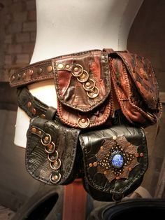 Handmade leather utility belt with 2 detachable pouches⎜Steampunk pirate utility belt⎜Burning man festival utility belt⎜Custom made belt