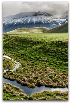 Sibillini - Fosso dei Mergani, Castelluccio, Umbria, Italy  https://www.flickr.com/photos/50027776@N05/14158129994/