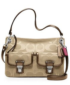 I would love to have this bag!!