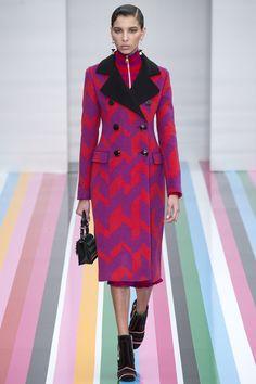 Salvatore Ferragamo Fall 2016 Ready-to-Wear Fashion Show - Alice Metza