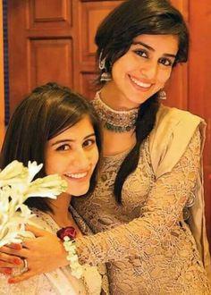 Pakistani actresses, sisters, Alishba Yousuf & Saira Yousuf