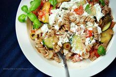 Fit Makaron - TOP 10 Przepisów na Zdrowy Obiad z Makaronem - Damusia.pl Pasta Salad, Cooking, Fit, Ethnic Recipes, Pierogi, Crab Pasta Salad, Cucina, Kochen, Cuisine