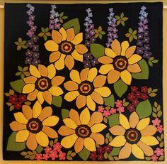 Primitive sunflower penny rug wool applique summer garden wall hanging fiber art by DeeDeeBean Wool Applique Quilts, Wool Applique Patterns, Wool Quilts, Wool Embroidery, Felt Applique, Patchwork Pillow, Applique Designs, Penny Rugs, Sunflower Quilts