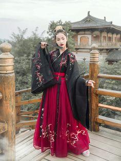 Pretty Outfits, Pretty Dresses, Beautiful Dresses, Traditional Fashion, Traditional Dresses, Kimono Fashion, Fashion Outfits, 90s Fashion, Hanfu